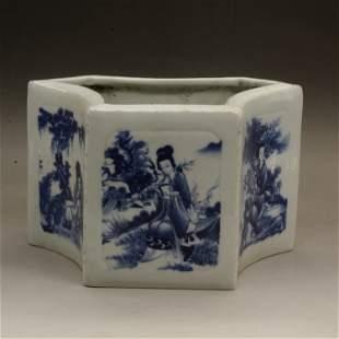 Qing Qianlong Blue and White Brush Holder