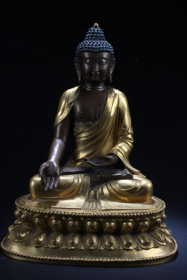 Antique Chinese Gilt Bronze Buddha Statue
