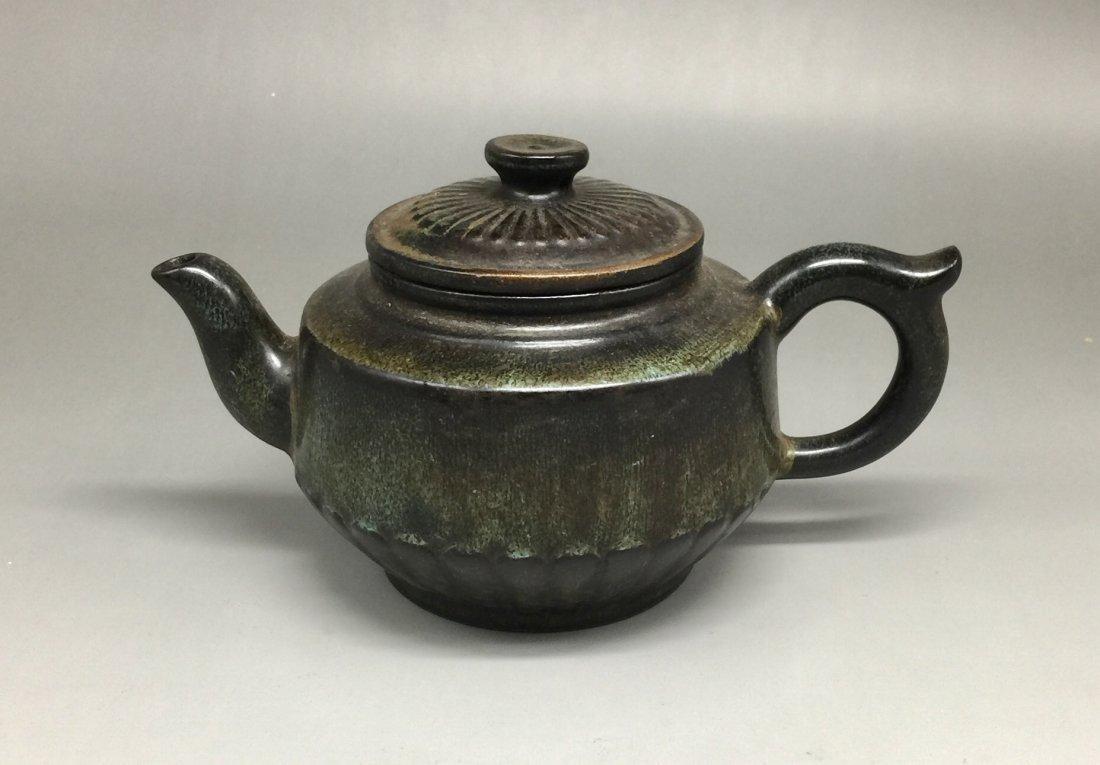 Chinese Yixing Zisha Green-Glazed Teapot