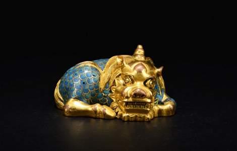 Qing Dynasty Bronze Enamel Beast Paperweight