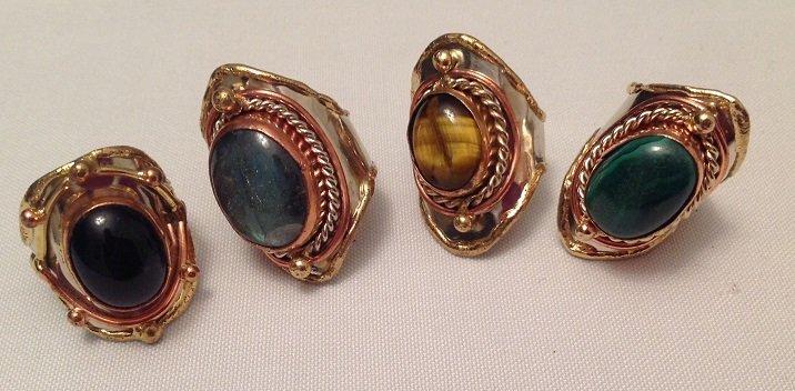 Four Pieces Gem Ring