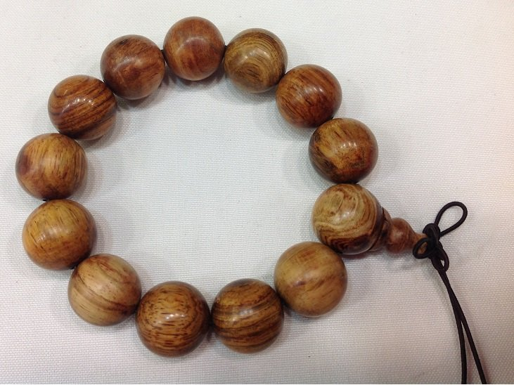 YueNan Huanghuali Bracelet