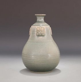 Chinese Yueyao Carved Green Glazed Wine Pot