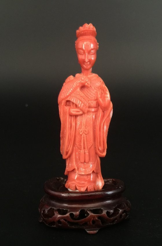 Qing Dynasty Coral Carved Lady with Bird Snuff Bottle