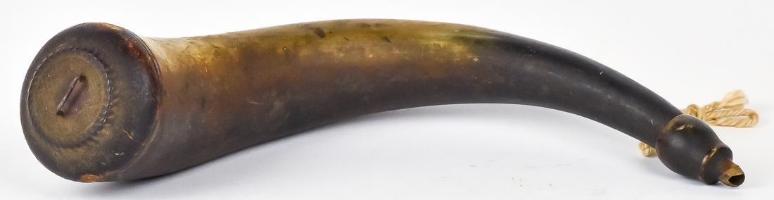 Early Carved Screw Tip Powder Horn