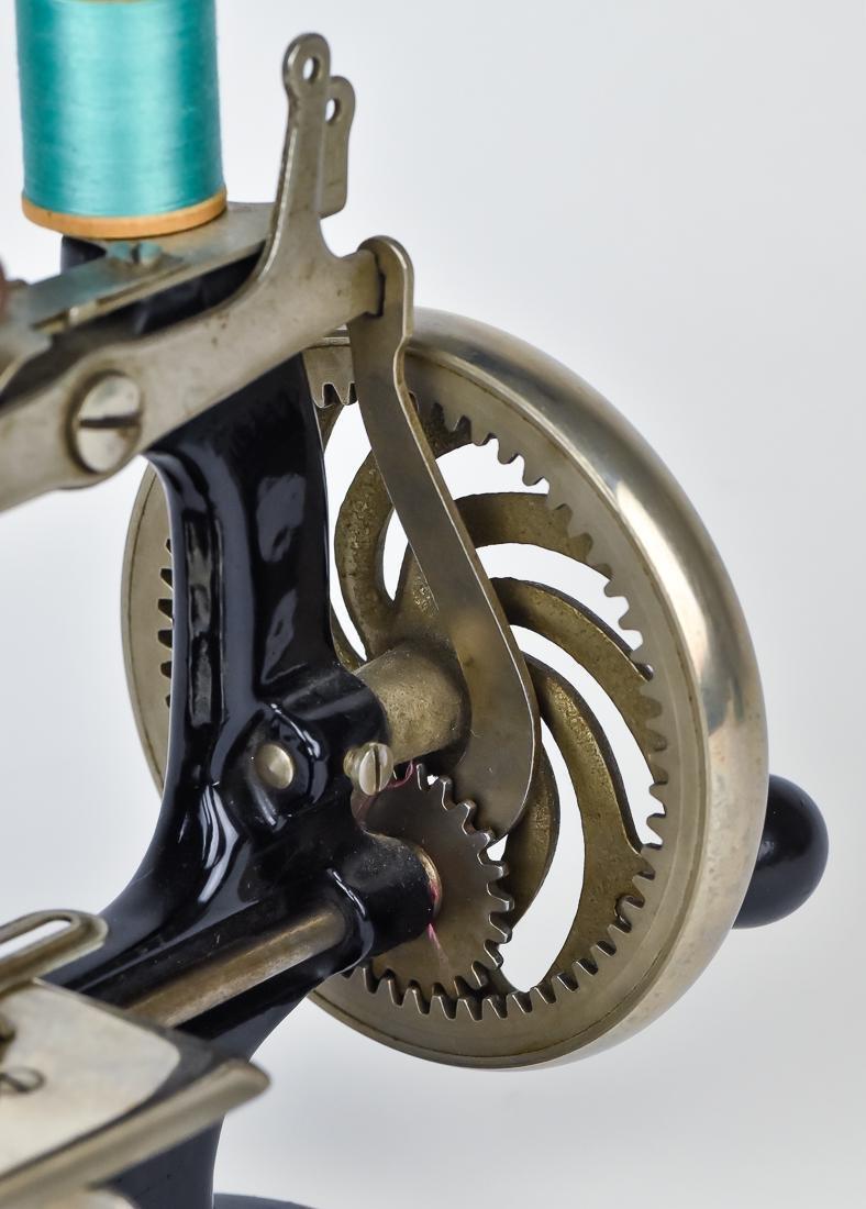 Singer Child's Sewing Machine - 6