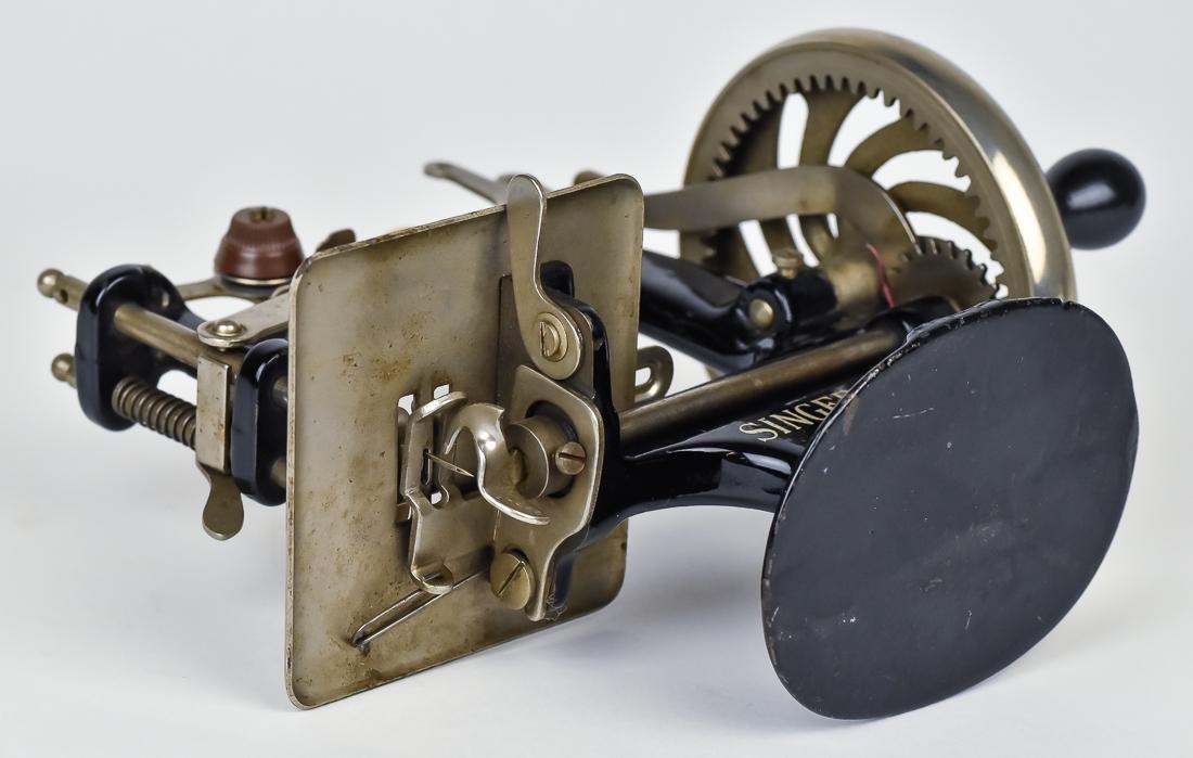 Singer Child's Sewing Machine - 7
