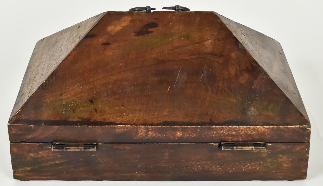 Unusual Fishing Tackle Box - 4