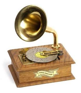 7: THORENS GRAMOPHONE DISC MUSIC BOX