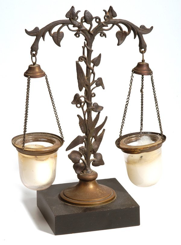7: UNUSUAL VICTORIAN COUNTER BALANCE CANDLE LAMP