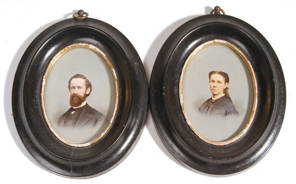 19: TWO SMALL PORTRAIT PAINTINGS OF COUPLE