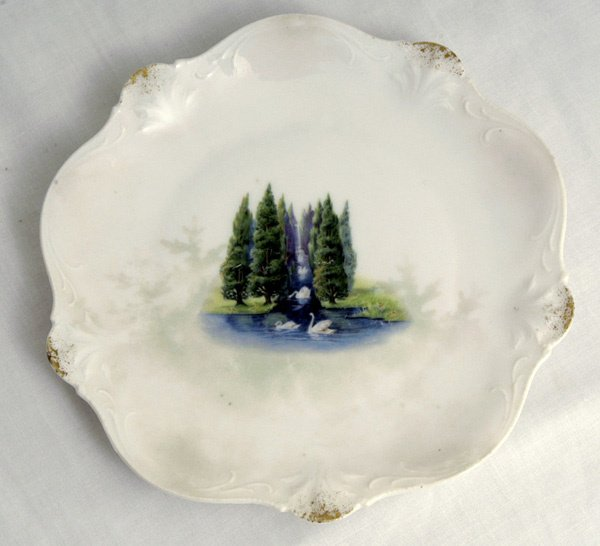 206: RS Prussia Plate w/ Swans & Evergreens
