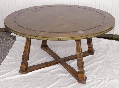 319: Romweber Dining Table & 6 Horse Head Chairs
