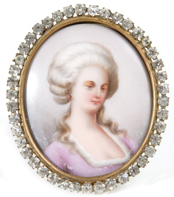 1001: MINIATURE PAINTING ON PORCELAIN OF FRENCH  LADY