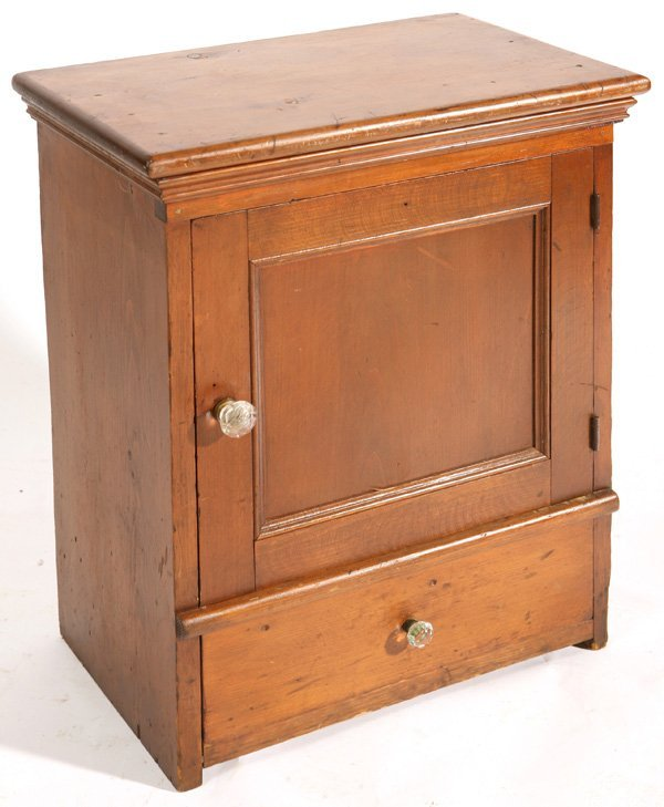 136: SMALL 19TH CENT. COUNTER TOP CABINET W/ 18 DRAWERS