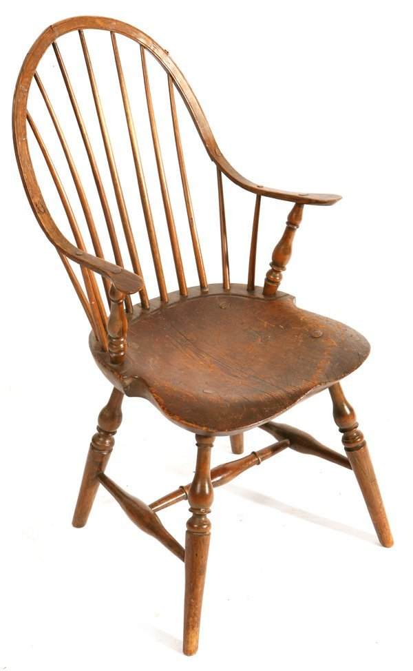 139: FINE PERIOD WINDSOR CONTINUOUS ARM CHAIR