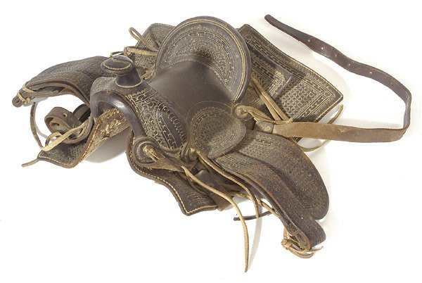 387: MINIATURE LEATHER HORSE SADDLE (SALESMAN SAMPLE)