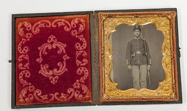 Cased Civil War Photo Of Armed Union Soldier