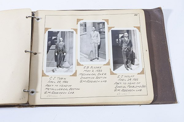 1932 Chevrolet Photo Album - 8