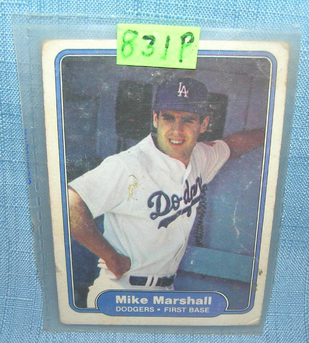 Mike Marshall rookie baseball card