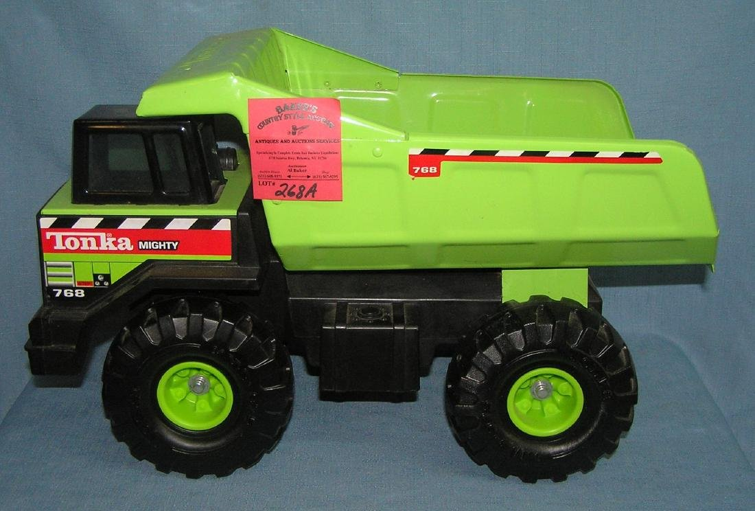 Large scale Tonka Mighty dump truck