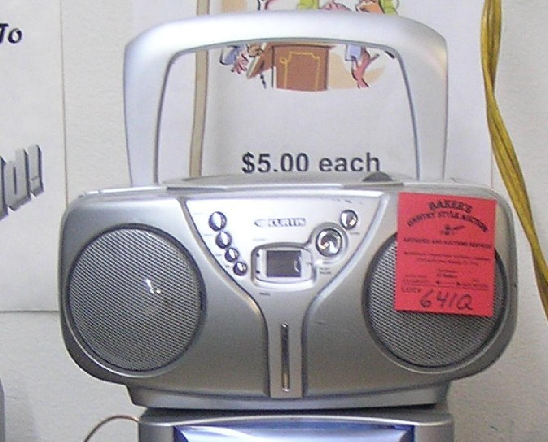 Curtis mini boom box AM/FM stereo receiver