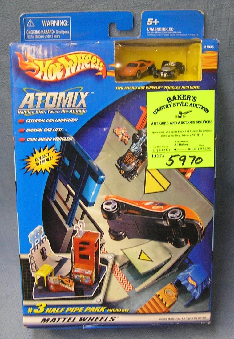 Hot wheels atomix car set