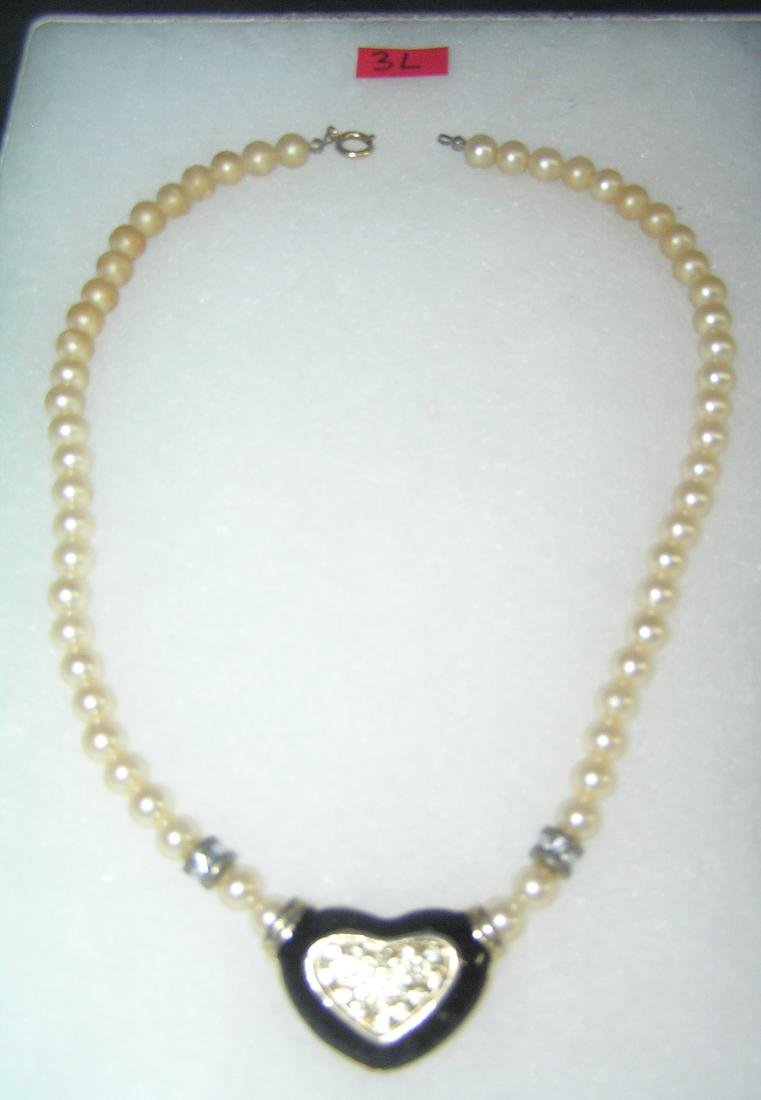 Pearl heart shaped necklace