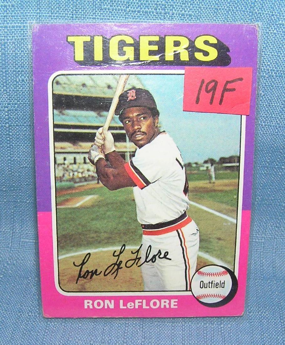Vintage 1975 Topps Ron Leflore rookie baseball card