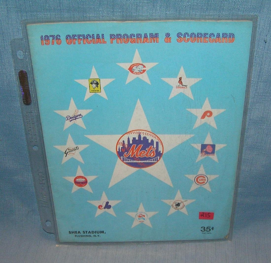 Vintage 1976 NY Mets program and score card