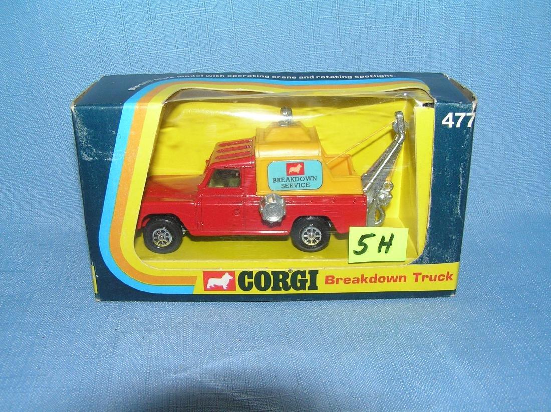 Vintage break down service tow truck by Corgi Toys