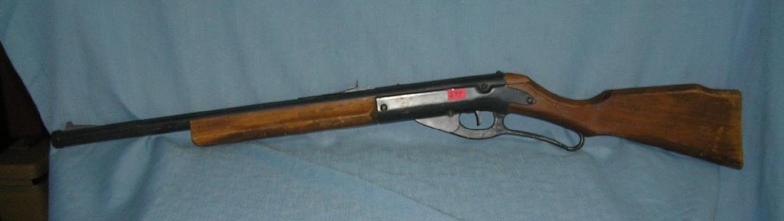 Vintage Daisy lever action BB gun