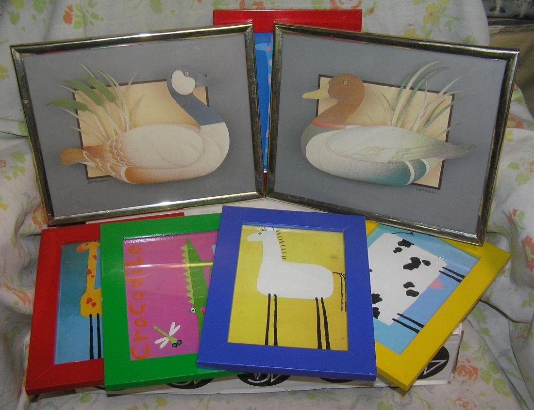 Box of picture frames includes a pair of waterfowl