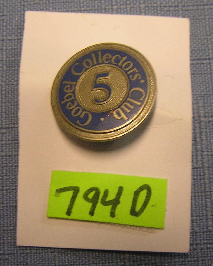 Vintage Goebel collector's club badge