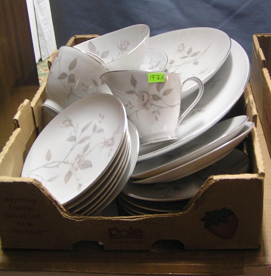Narumi of Japan fine china dinnerware set