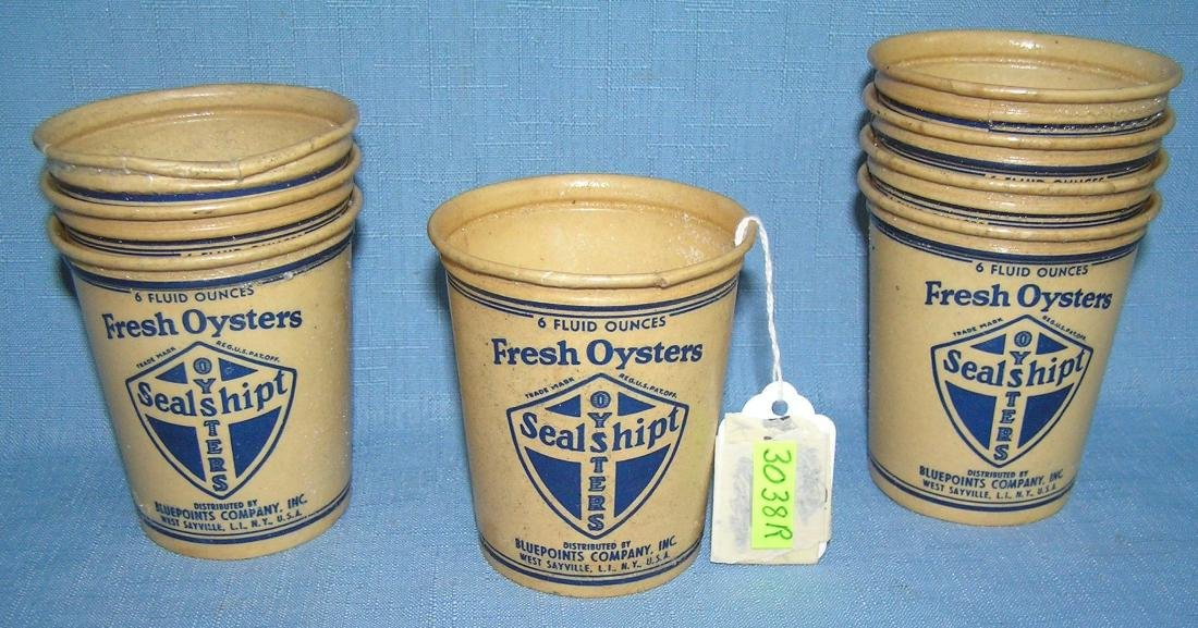 Group of 8 early fresh oysters serving cups