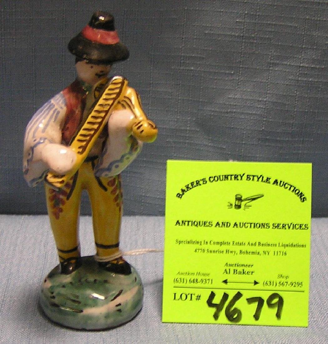 Early Violinist figurine