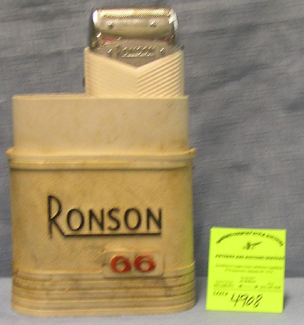 Vintage Ronson shaving kit