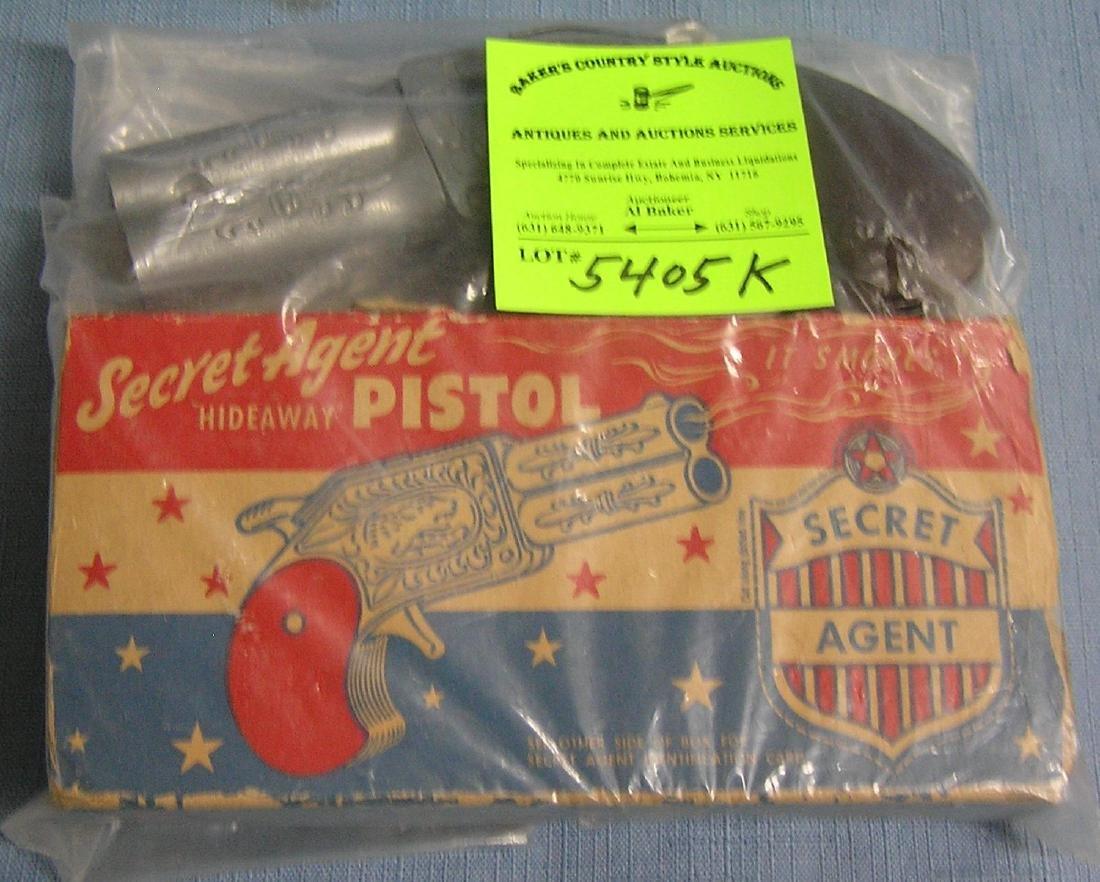 Secret agent hideaway pistol cap gun with original box