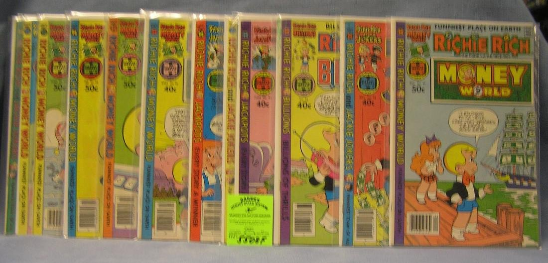 Group of 13 vintage Richie Rich comic books