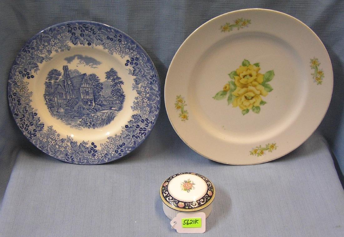 Pair of vintage plates and trinket box