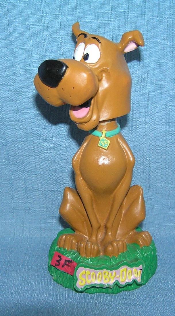 Scooby Doo dog bobble head figure
