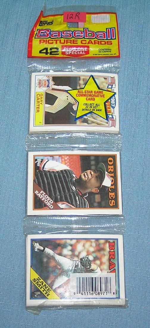 Topps unopened rack pack with Gary Carter