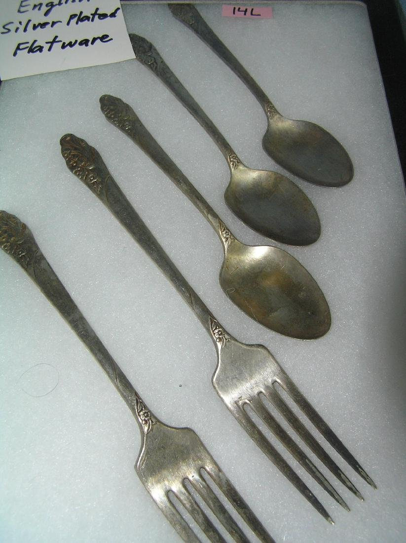 Group of English silver plated flatware