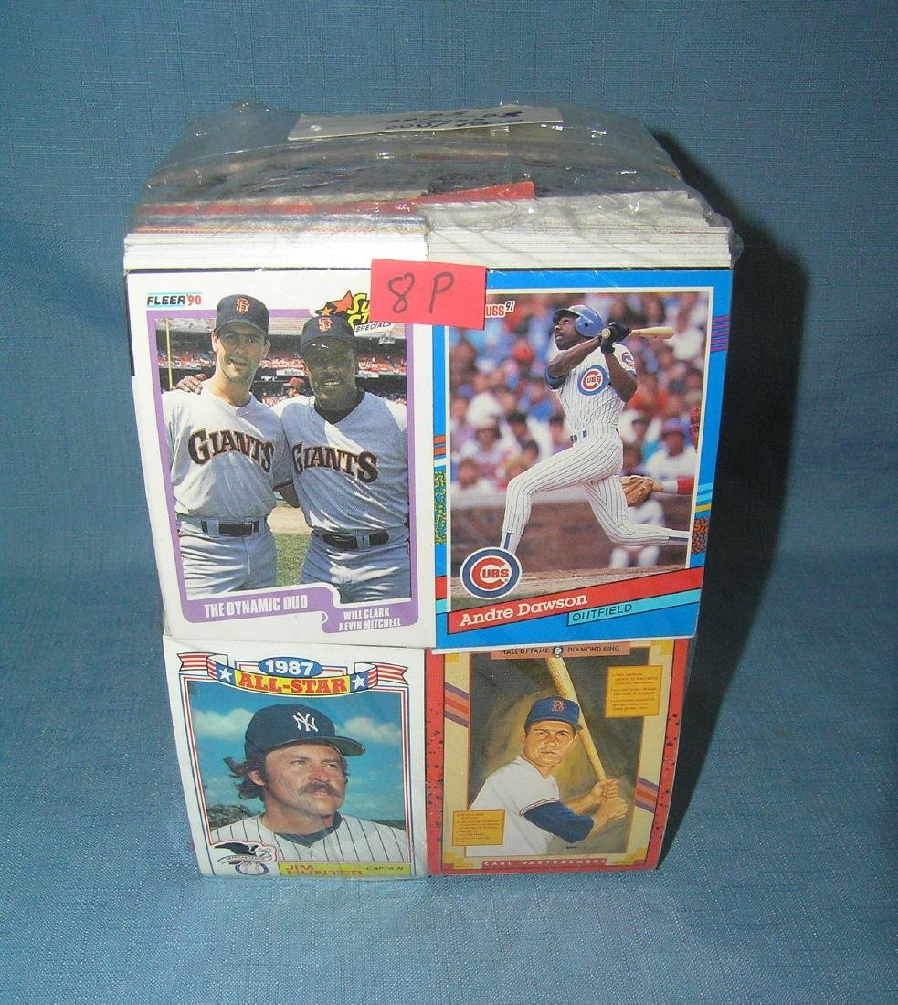 Large collection of over 1000 vintage baseball cards