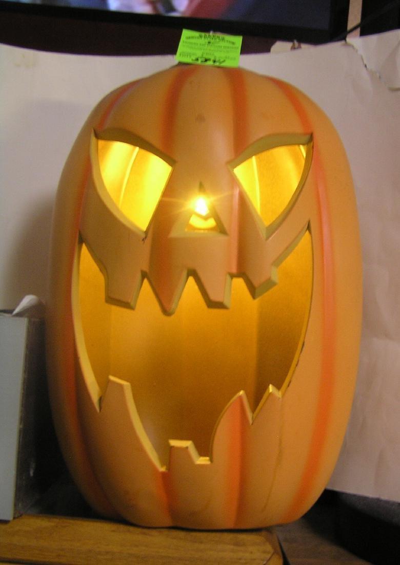 Vintage style illuminated scary face Jack O' Lantern