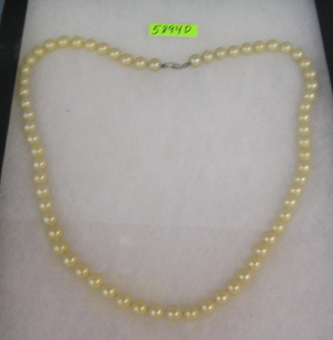 Vintage pearl necklace with 14K gold clasp