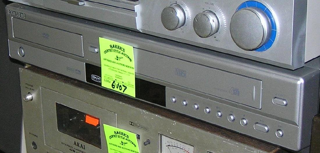 Samsung VCR and DVD player