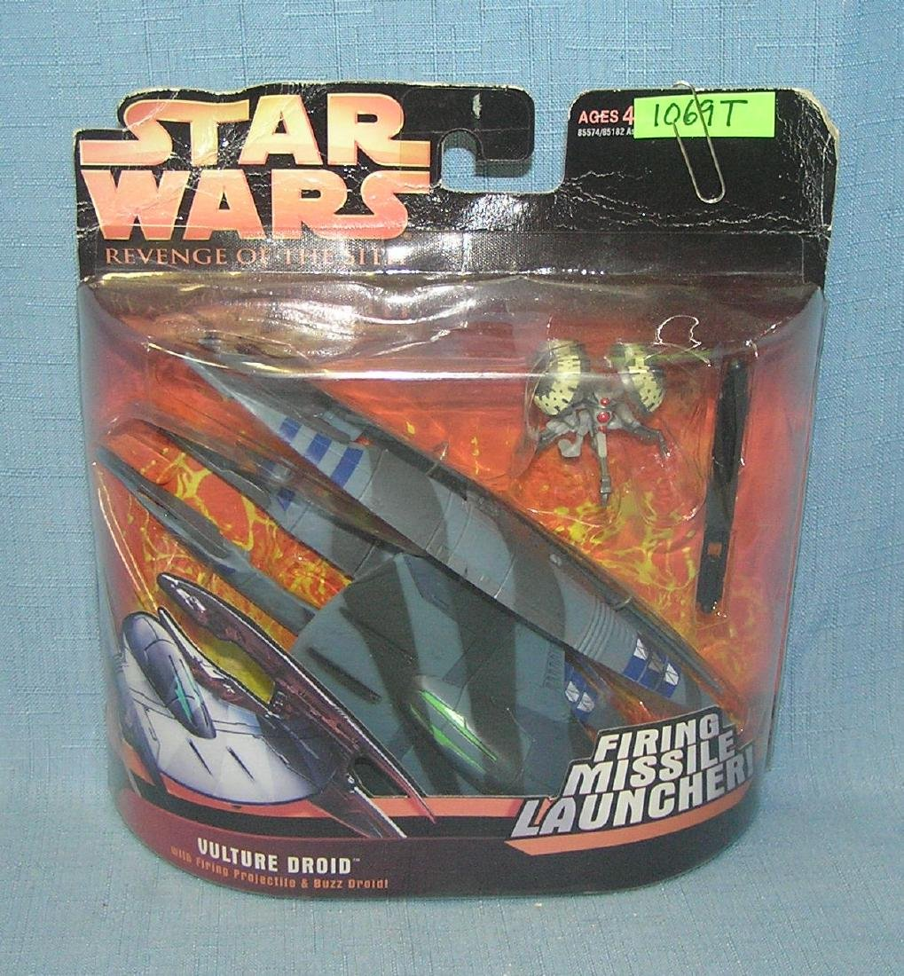 Star Wars Vulture Droid firing missile launcher