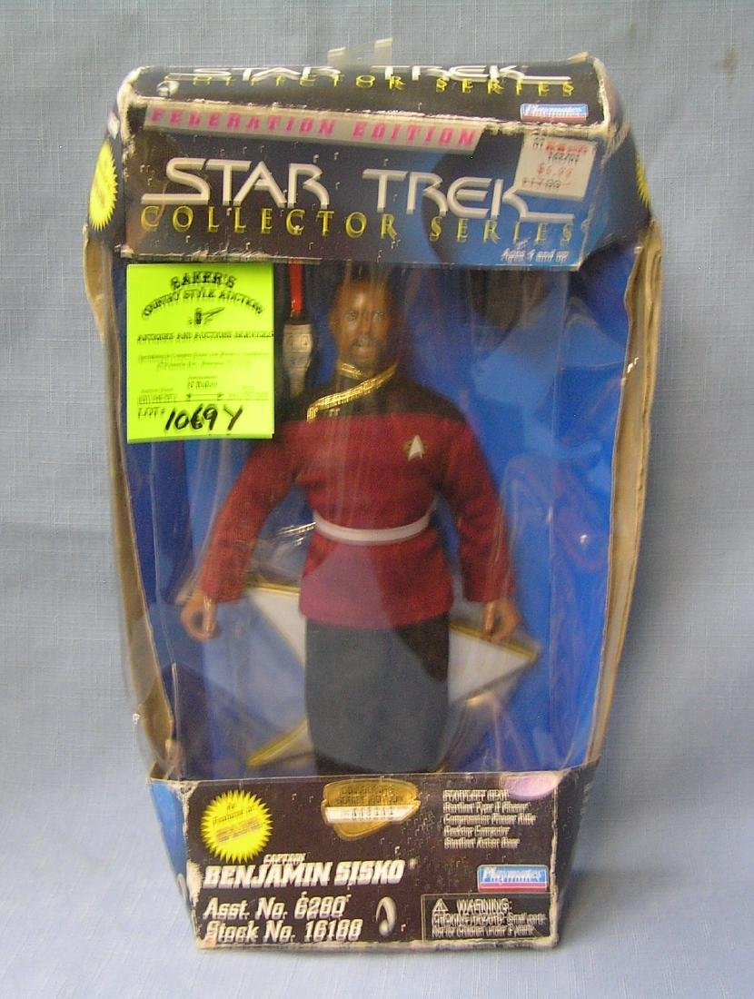 Star Trek action figure Capt. Benjamin Sisco